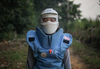 La difícil labor de las mujeres desminadoras en Caquetá