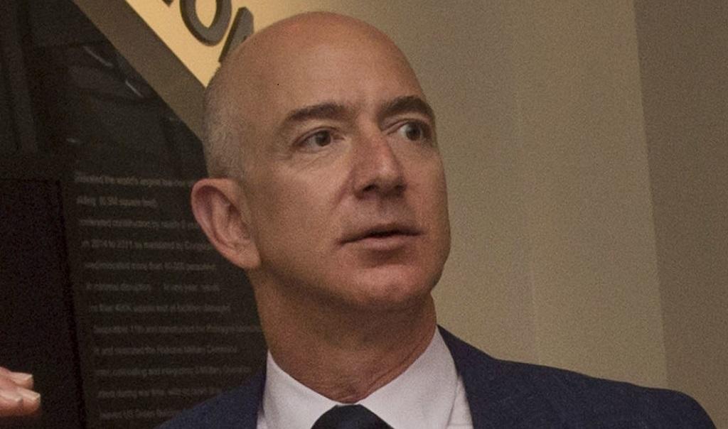 Jeff Bezos compró la mansión más cara en Los Ángeles
