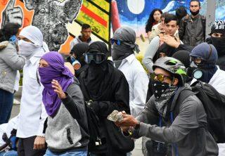 Estudiantes protestan nuevamente en Bogotá