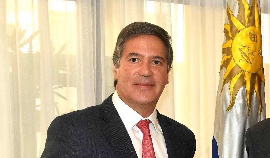 Finca, laboratorio de coca, embajador colombiano, Fernando Sanclemente
