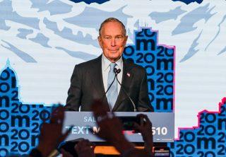 Twitter suspende cuentas de apoyo a Bloomberg