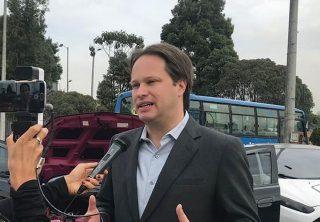 Camioneros piden alternativas ante Decreto 840