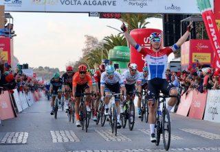 Colombianos en Vuelta a Algarve 2020